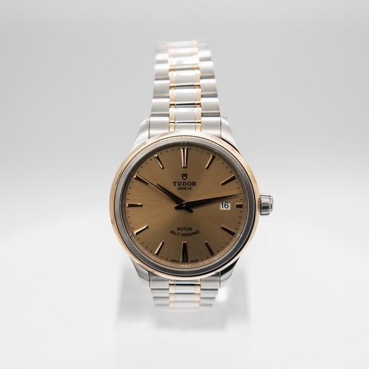Tudor Style 12503-0001