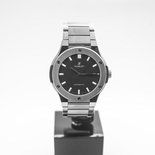 Hublot Classic Fusion Titanium Bracelet Automatic Black Dial Men's Watch 510.NX.1170.NX