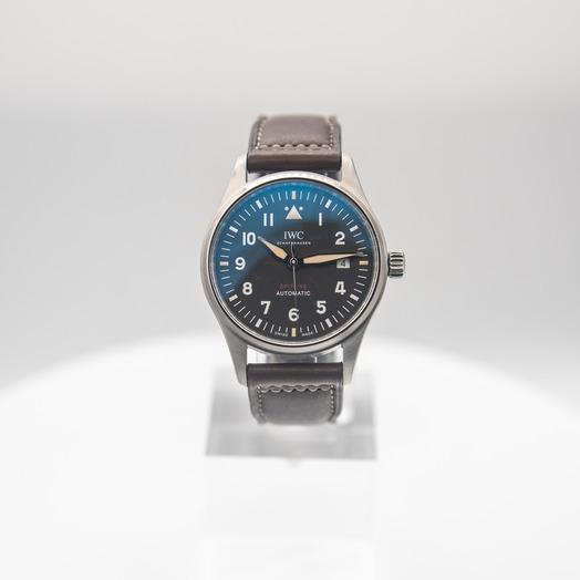 IWC Pilot IW326803