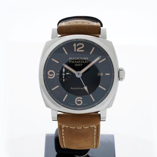 Panerai Radiomir GMT Automatic Black Dial 45 mm Men's Watch PAM00657
